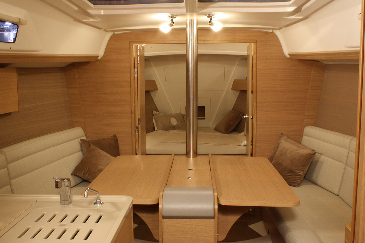 Dufour Grand Large 310 – Interiør 23