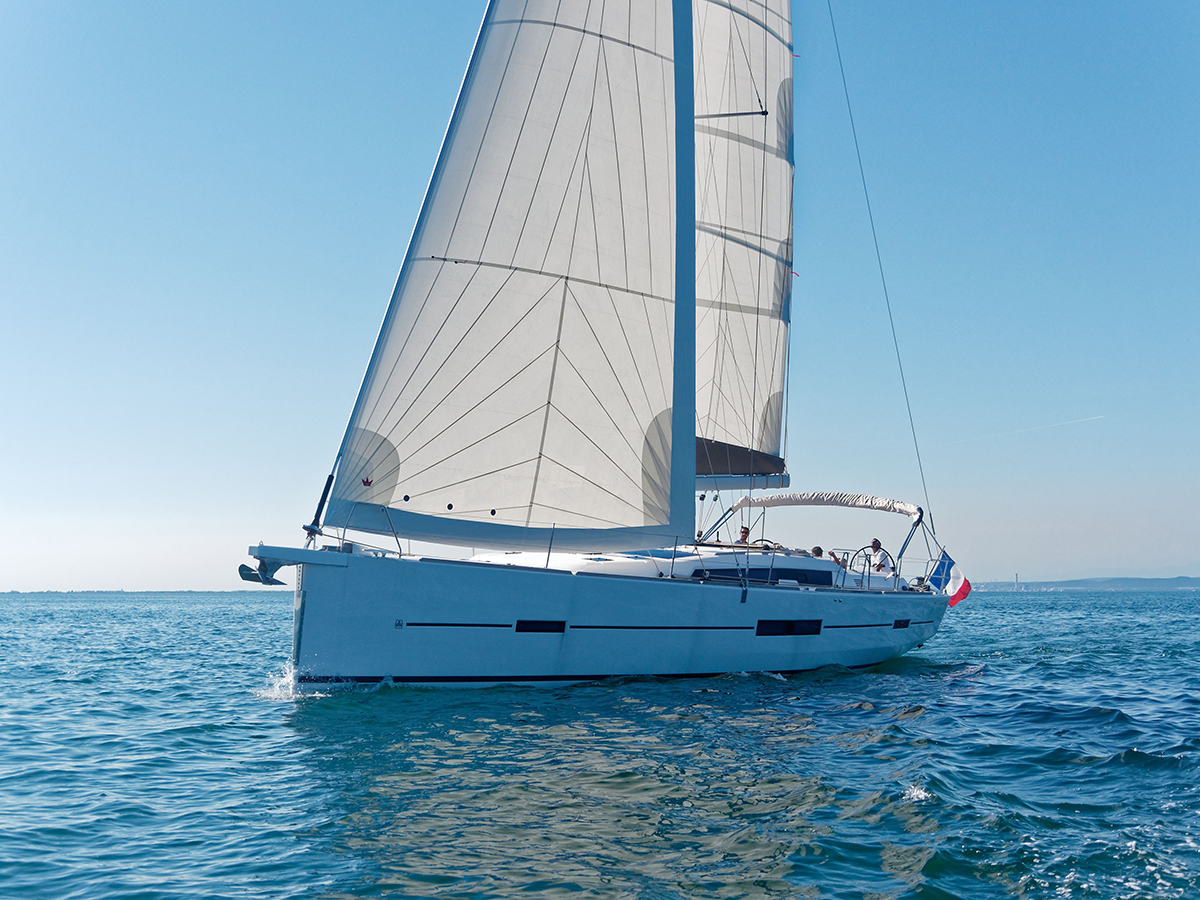 Dufour Grand Large 512 – 05