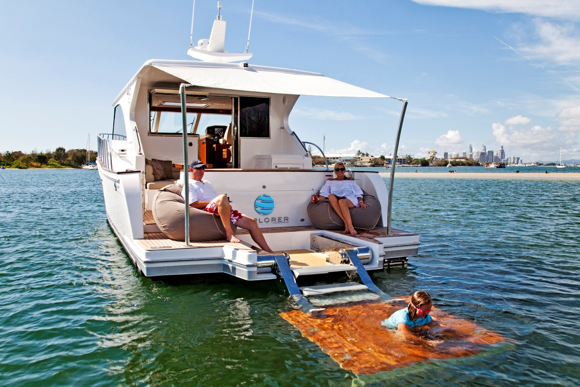 Explorer-Hudson-Bay-50-Lifestyle
